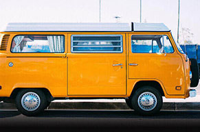 Vans Shipping to Srilanka